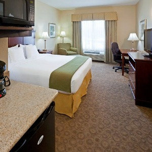 Ious Rooms Offered At 1 Of Cedar Hill 39s Many Hotels